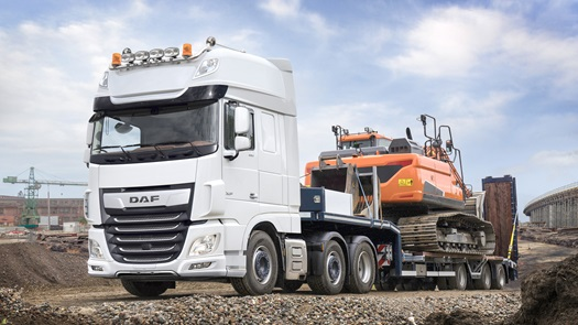 DAF-XF-FTG-6x2-SuperSpaceCab-white