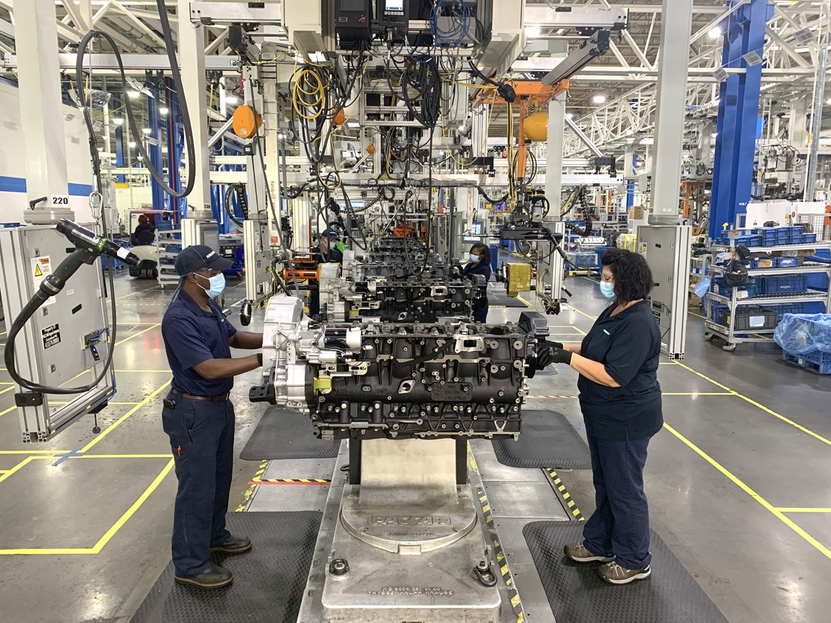 PACCAR-Engine-Factory-Columbus-Mississippi